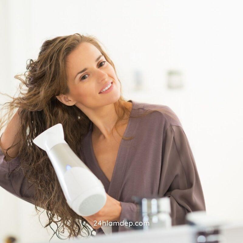 Sấy tóc với chế độ mát